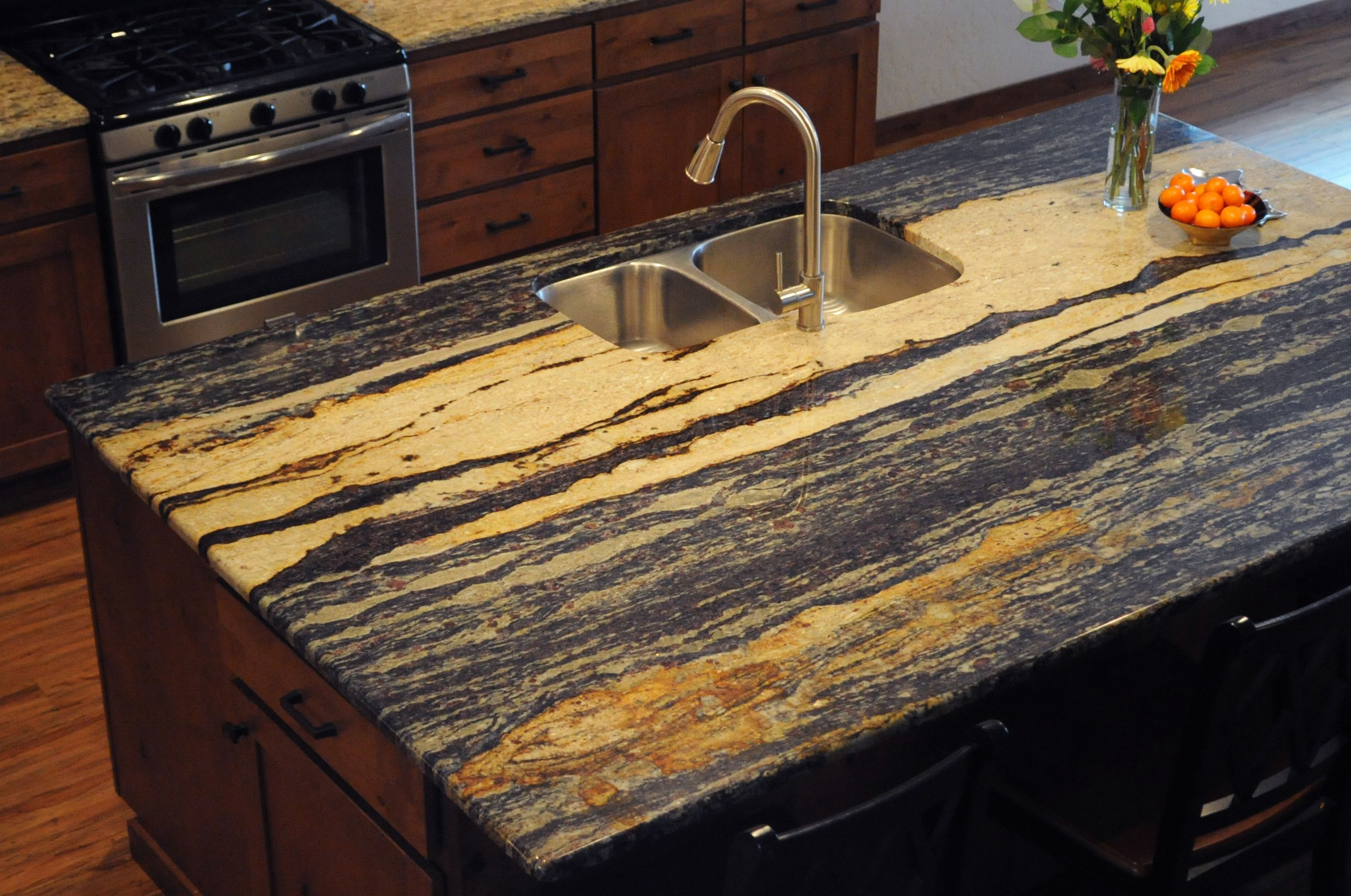 large granite countertop with garnets installed in a timber river rh pinterest com
