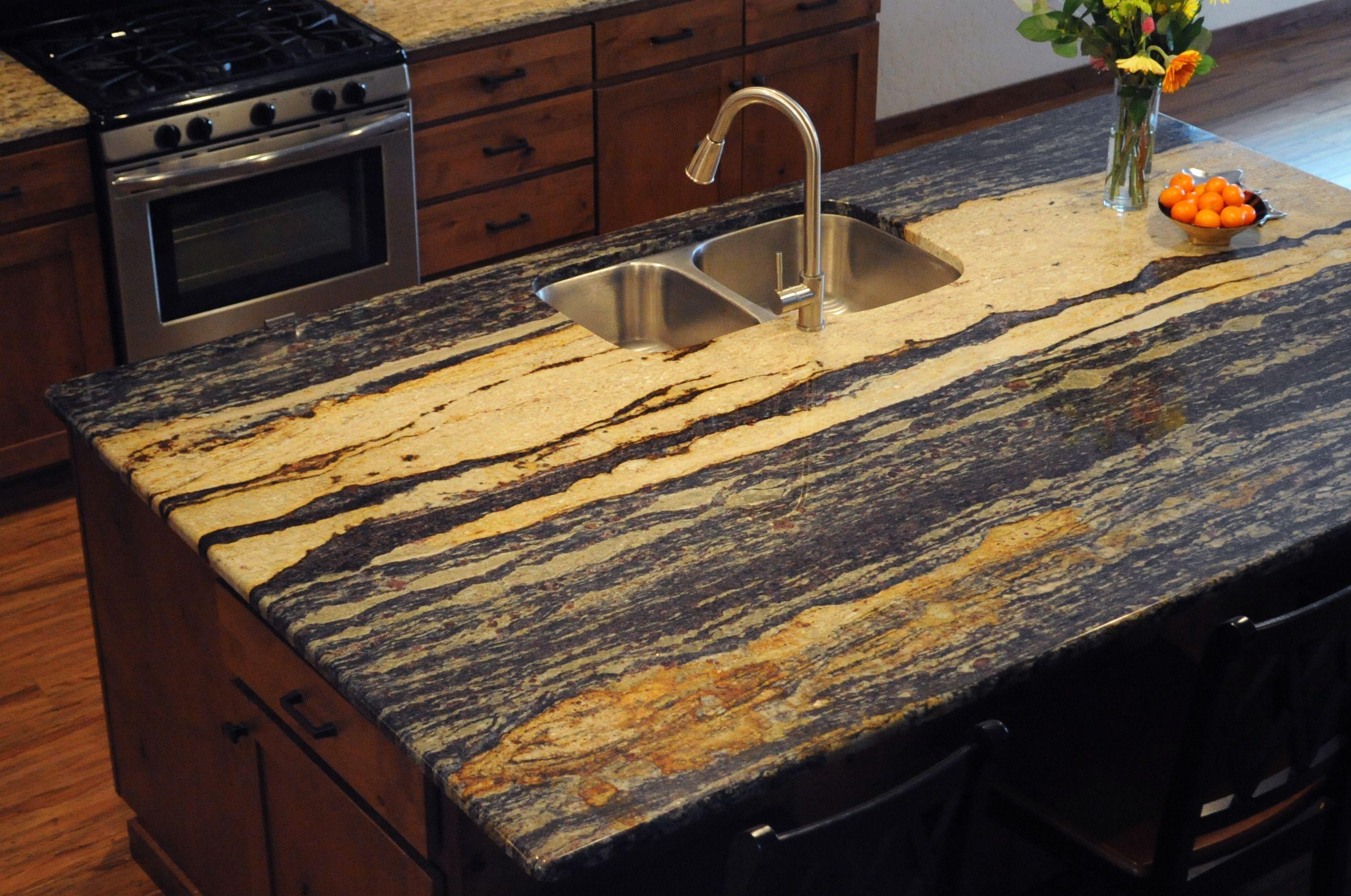 Lapidus Chiseled Edge Detail Granite Edges Granite Countertop