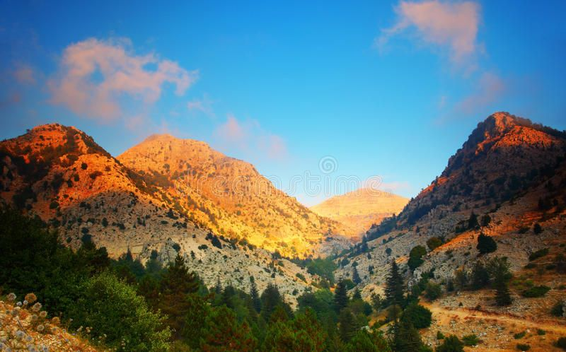 Sunset In The Mountains Mountains Landscape Valley Peaceful Sunset Scene Aff Mountains Landscape Sunset Mountains Abstract 3d Background Mountain Landscape Mountains Sunset