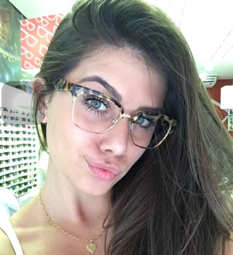 8dcc4d7a78811 Flavia Pavanelli glasses Óculos De Grau Vermelho