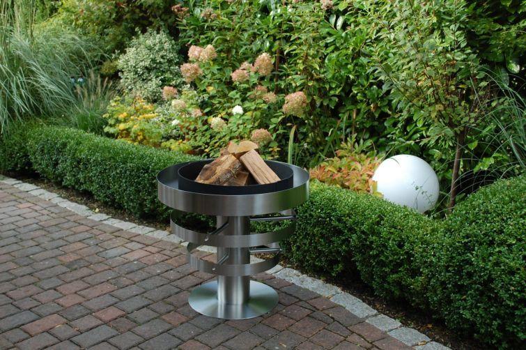Feuer machen im Garten mit der hochwertigen Feuerschale OLYMPIA aus ...