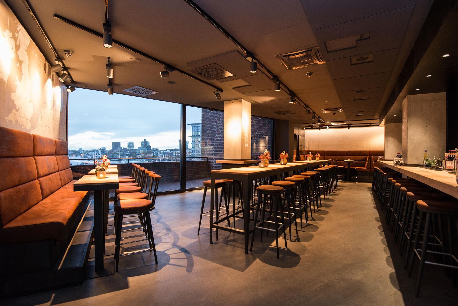 Der Barbereich Des Restaurant Beer Dine Die Szenische Blendungsfreie Und Fokussierte Beleuchtung Der Raumobjekte Und Tisc Designkonzepte Led Technik Design