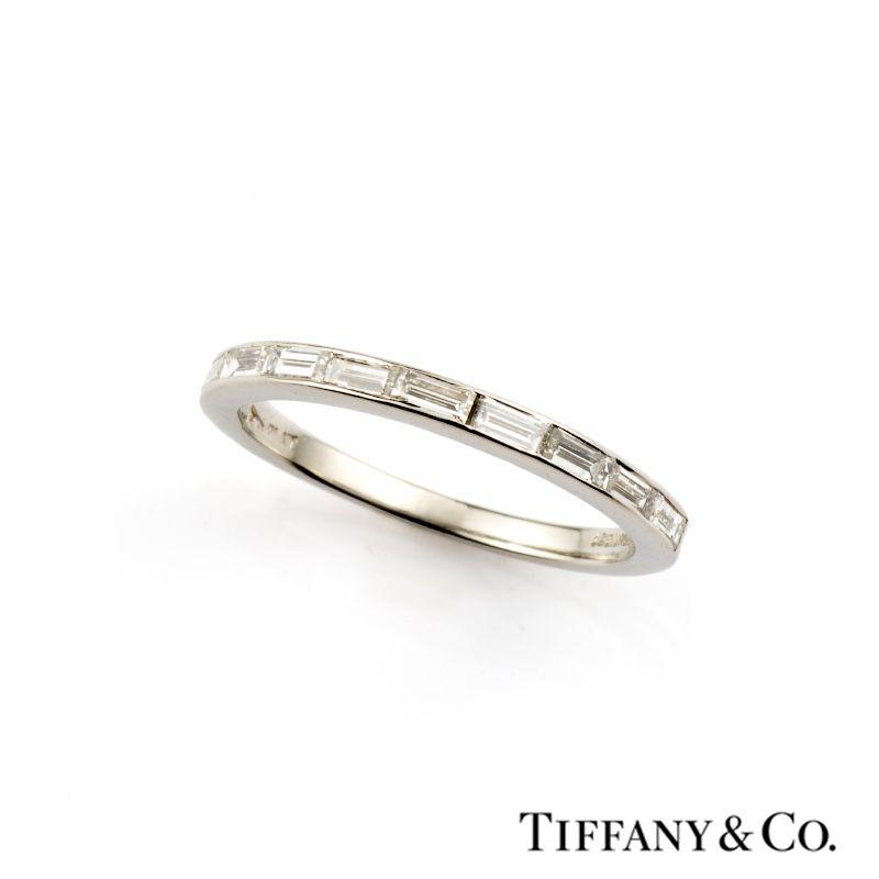 Eternity ring baguette