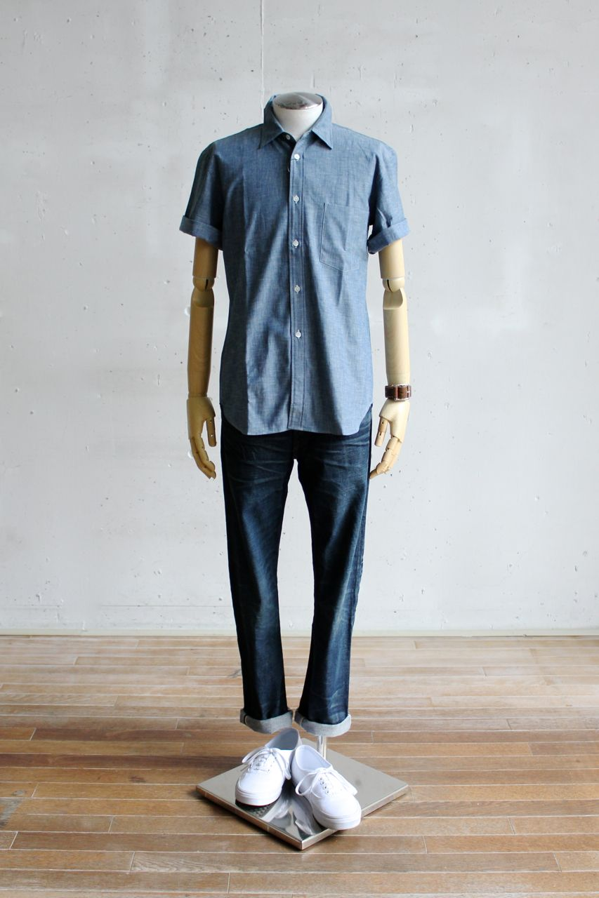 Suggestion of The Comme des Garcons Homme Deux Short-Sleeve Shirt Style