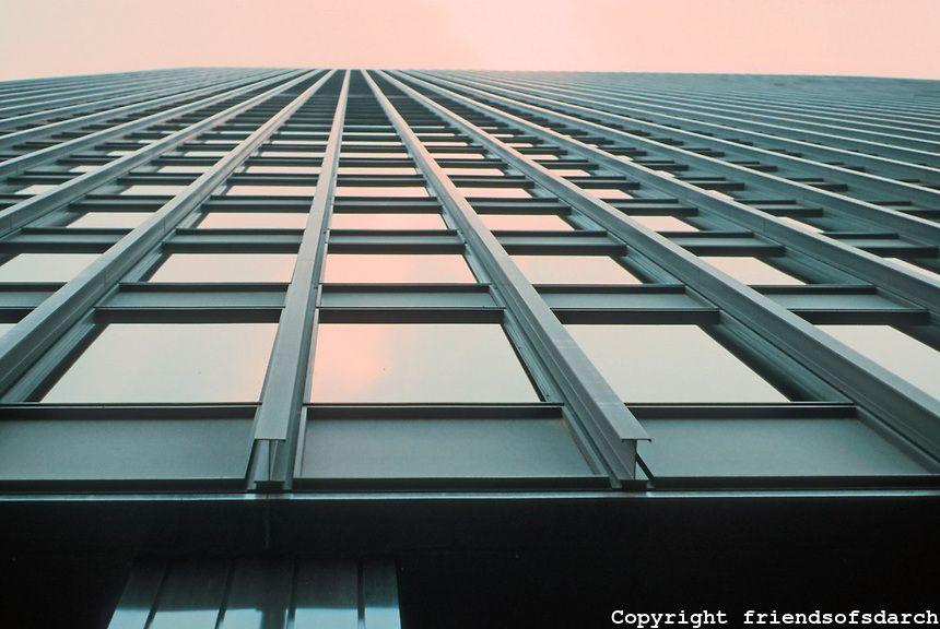 Mies Van Der Rohe Ibm Building Chicago 1971 Looking Up The Last Office Building Designed By Von Der Rohe Architecture Mies Van Der Rohe Van Der Rohe