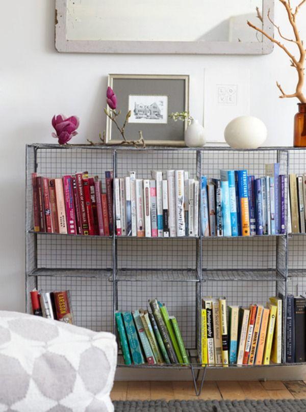 wohnzimmer einrichten bücherregal ideen drahtregal Deko - wohnzimmer grun rosa