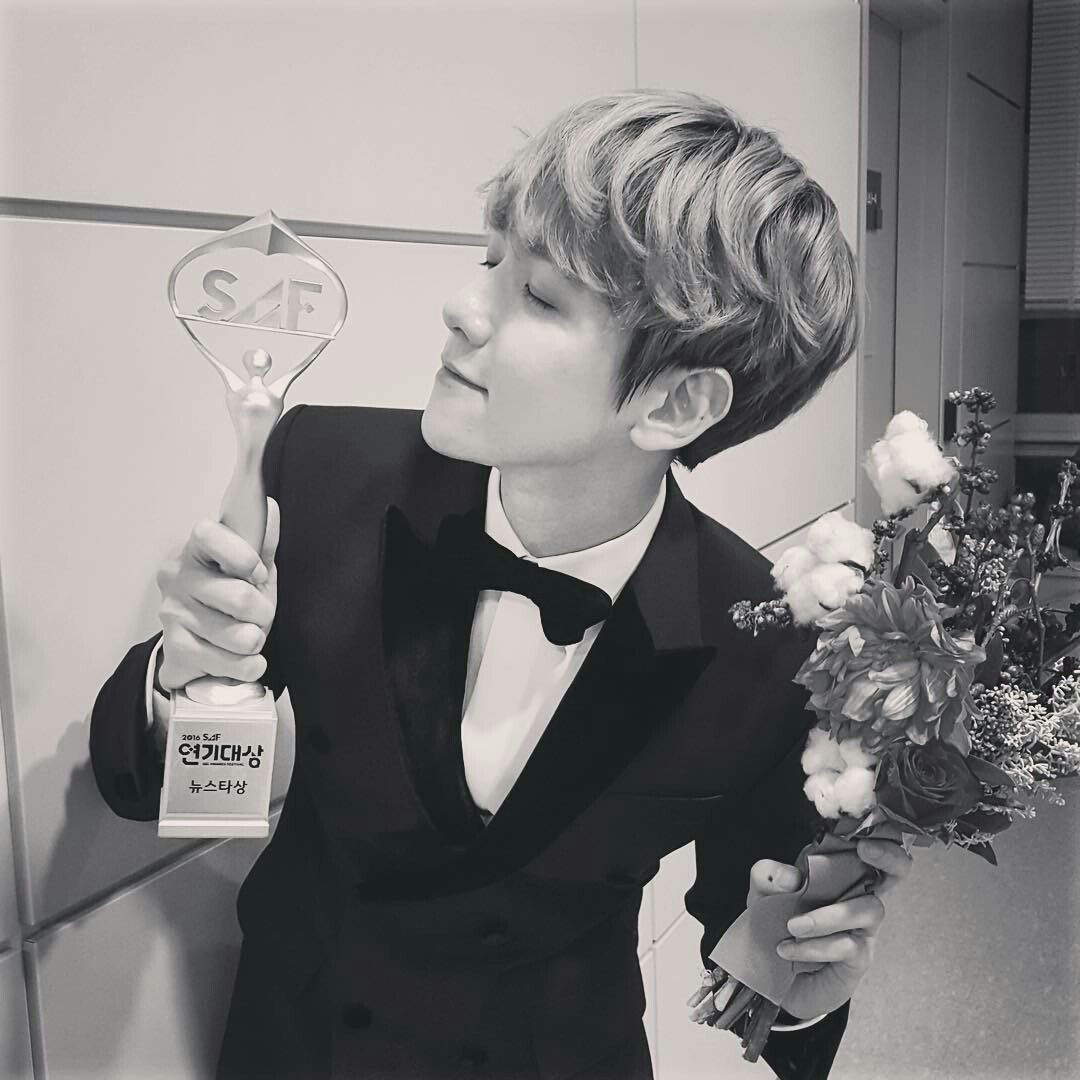 BaekHyun. (@baek_hyunee_exo)   Twitter