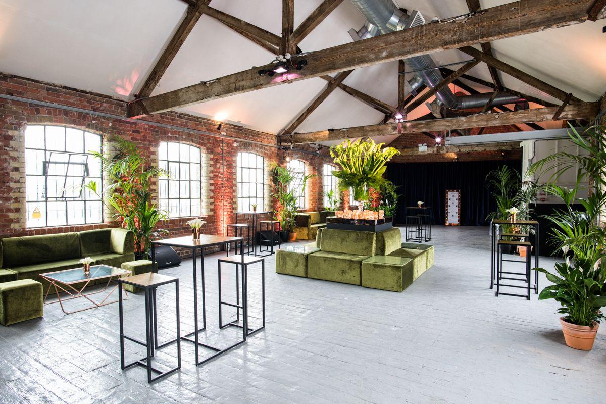 Summer Wedding Organised By Golborne Events At Loft Studios Events Eventprofs Summer Wedding Ideas London Ven Loft Studio Furniture Hire Luxury London