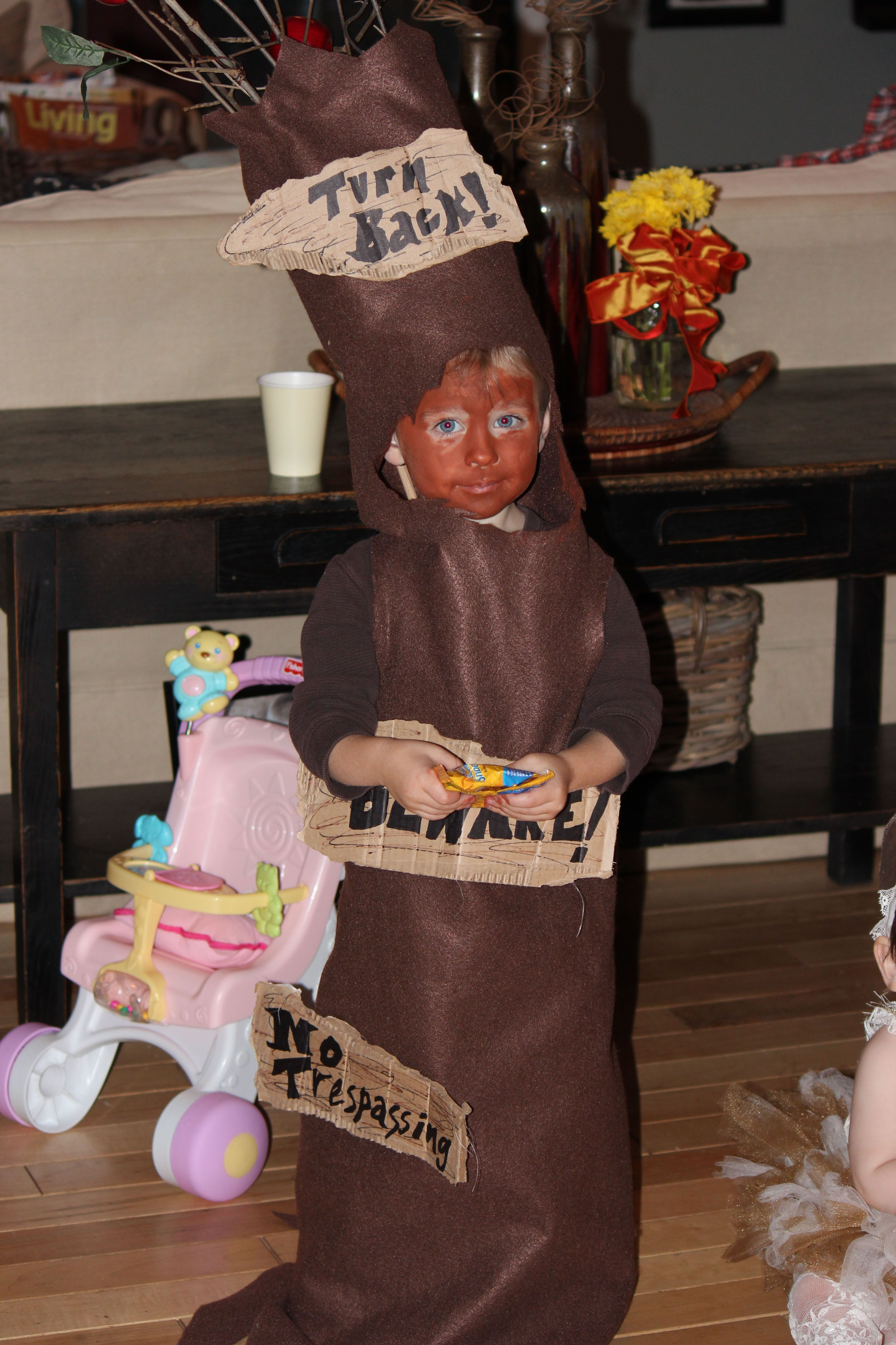 Scary Apple Tree Costume Wizard Of Oz