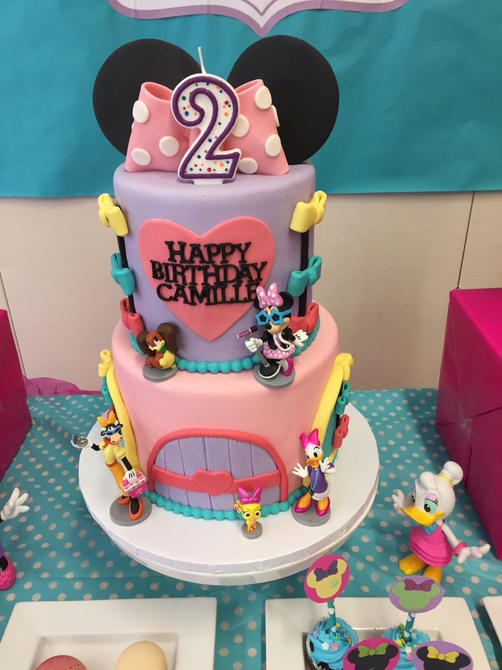 Minnie Mouse Cake Minnie Mouse Bowtique Party Minnie Mouse