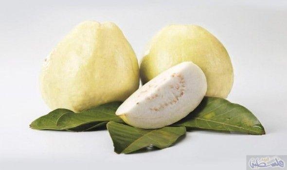 فوائد الجوافة في علاج التهابات المعدة والأمعاء Fruit Food Vegetables