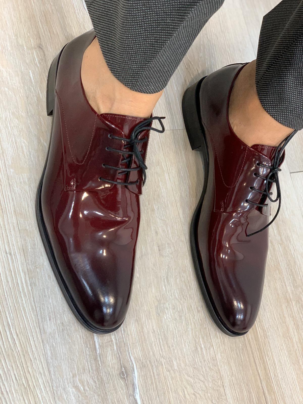 PATENT BRUGUNDY LEATHER SHOES - BELT SET | Mens patent leather shoes, Dress shoes men, Burgundy