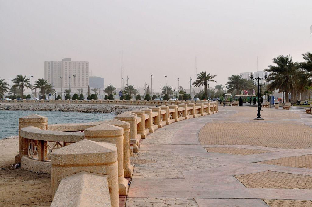 Al Khobar Waterfront Dammam Saudi Arabia Dammam Saudi Arabia Places To Go
