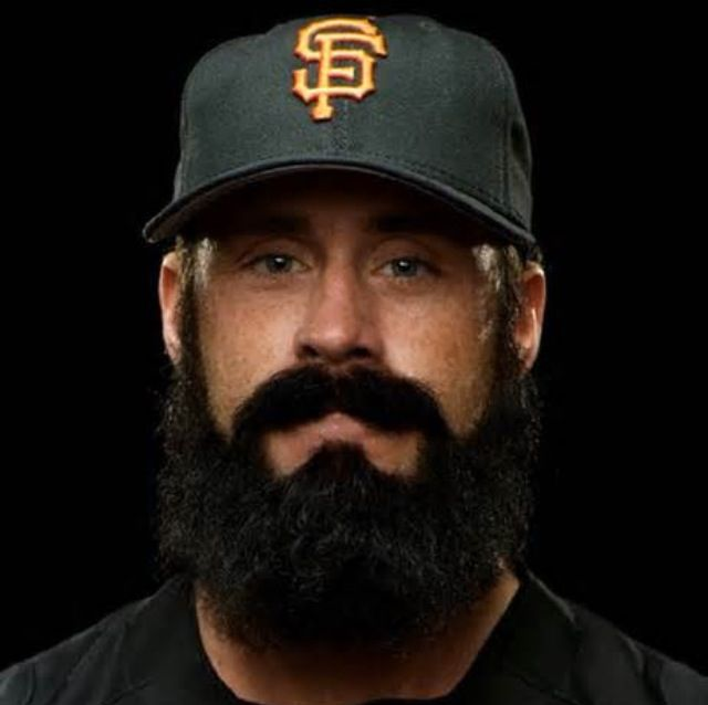 Giants bearded pitcher