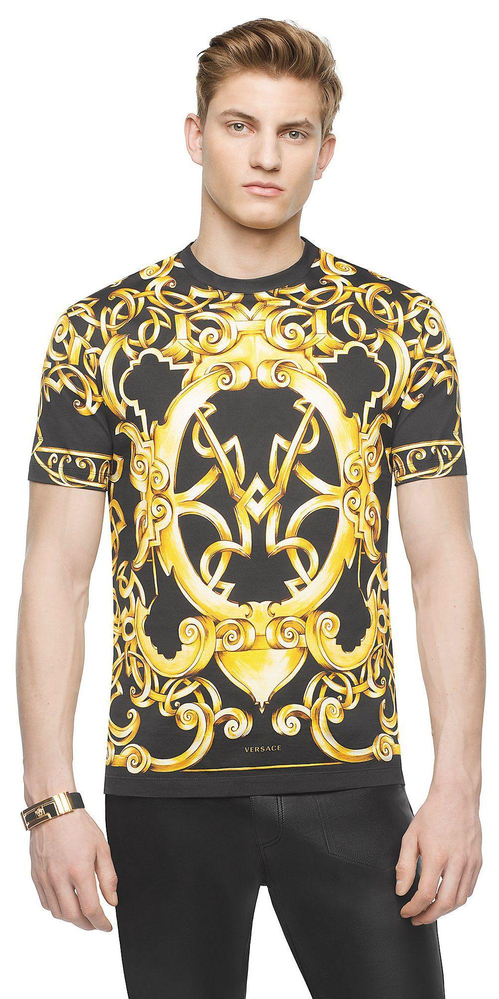 30571437603d Versace T-shirt coton Heritage Barocco 550 EUR.   Versace