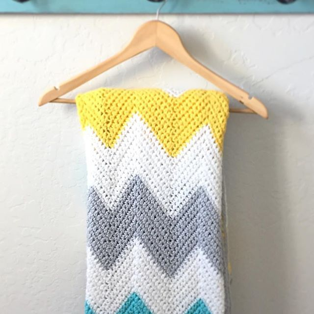 Crochet Chevron Blanket - Daisy Farm Crafts Instagram | Daisy Farm ...