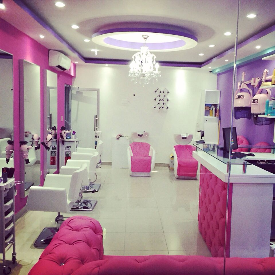 beauty salon pink araliasbeautylounge