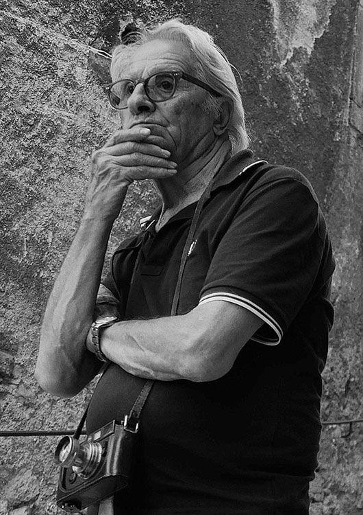 """""""Di terra e di gente"""" è il titolo della mostra del fotografo Renzo Tortelli che è stata inaugurata sabato 9 aprile alla Fototeca comunale Gr..."""