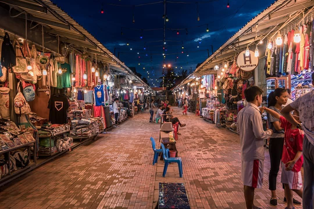 Phalla Angkor Night Market One Of Siem Reap S Must Visit Night Markets This Walking Lane Has Now Been Turned Into A Public Road All Angkor Cambodia Angkor Wat