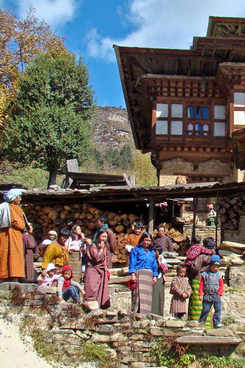 Bhutan Ein Land Strebt Nach Gluck Asienreisen Tourismus Reisetipps