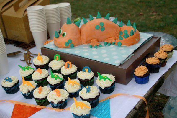 Cool Birthday Party Ideas for Boys Dinosaur birthday cakes