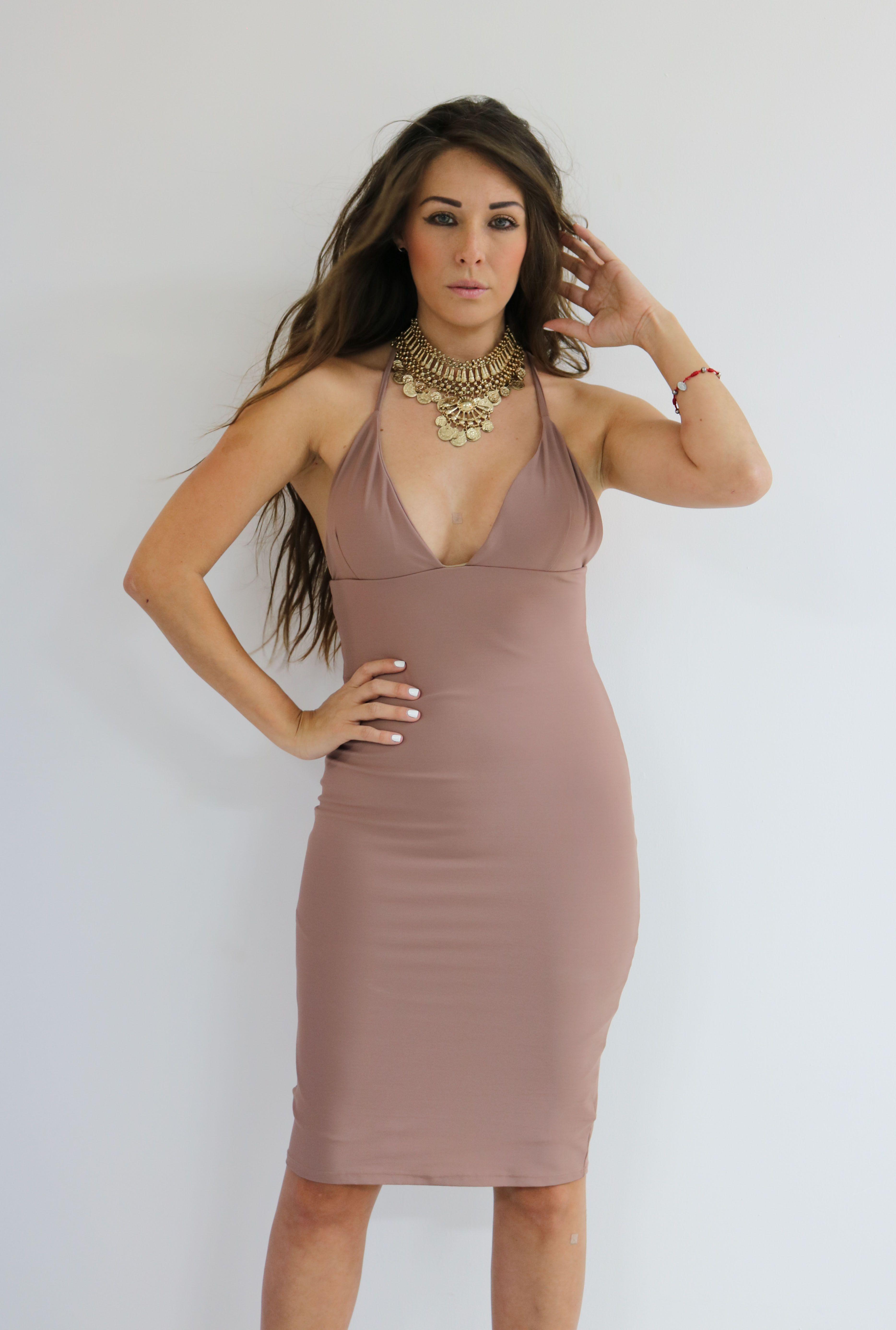 Vestido Eiza . Consíguelo en una de nuestra 3 sucursales en GDL o pídelo por medio de whatsapp al 3316044531 ♥ #PinkFlamingo #PartyDresses #Vestidos #GDL