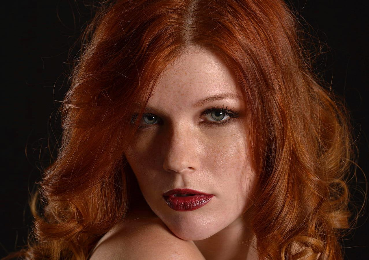freckles Mia sollis redhead with