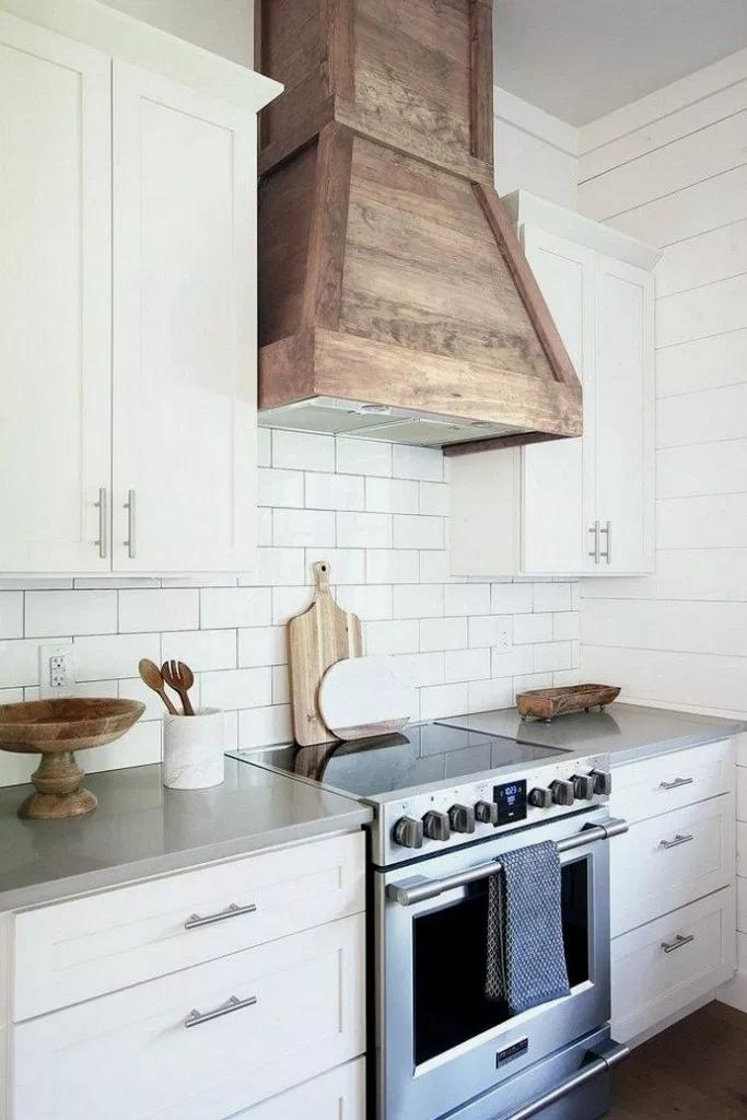 36 Creative And Innovative Kitchen Backsplash Decor Ideas Creativekitchen Kitchendesign Kitchenid Kitchen Range Hood Kitchen Hood Design Kitchen Renovation