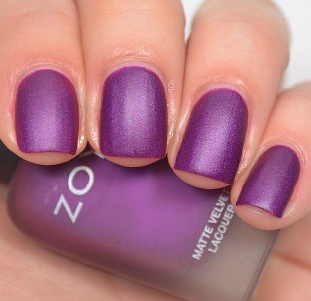 Zoya - Iris (Matte Velvets Collection 2015)