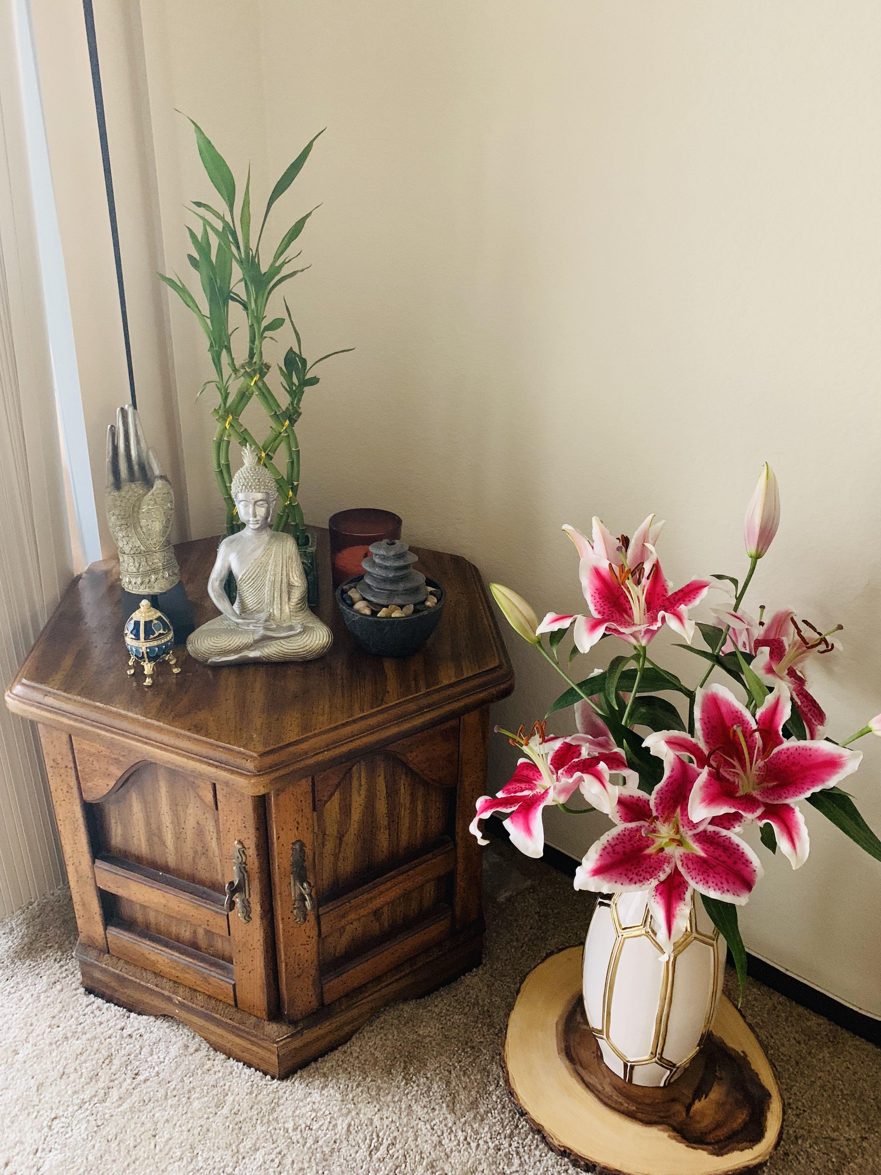 Corner Table Decor Buddha