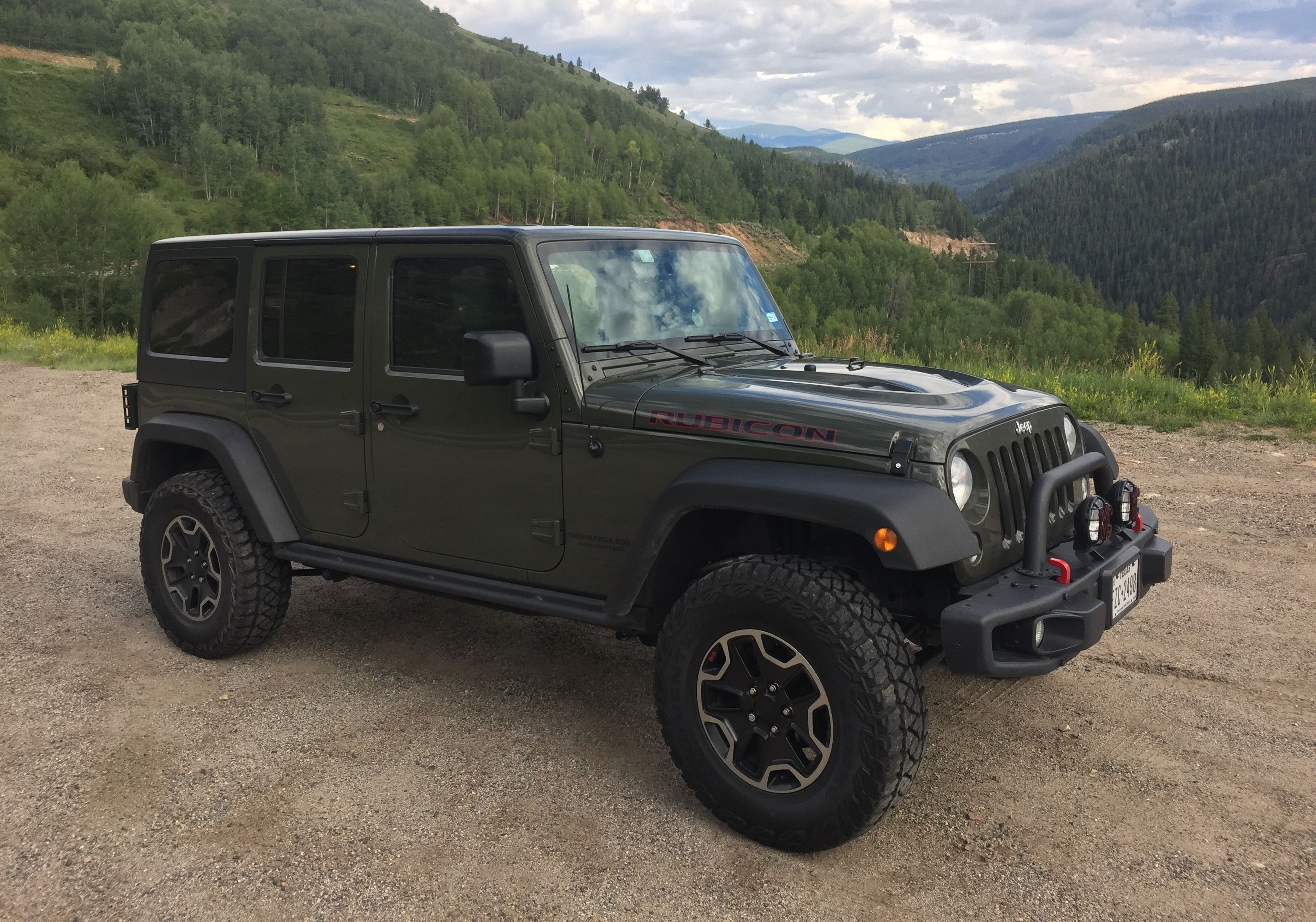 285/70/17 KM2's next to my stock 255/75/17 | Jeeping ...