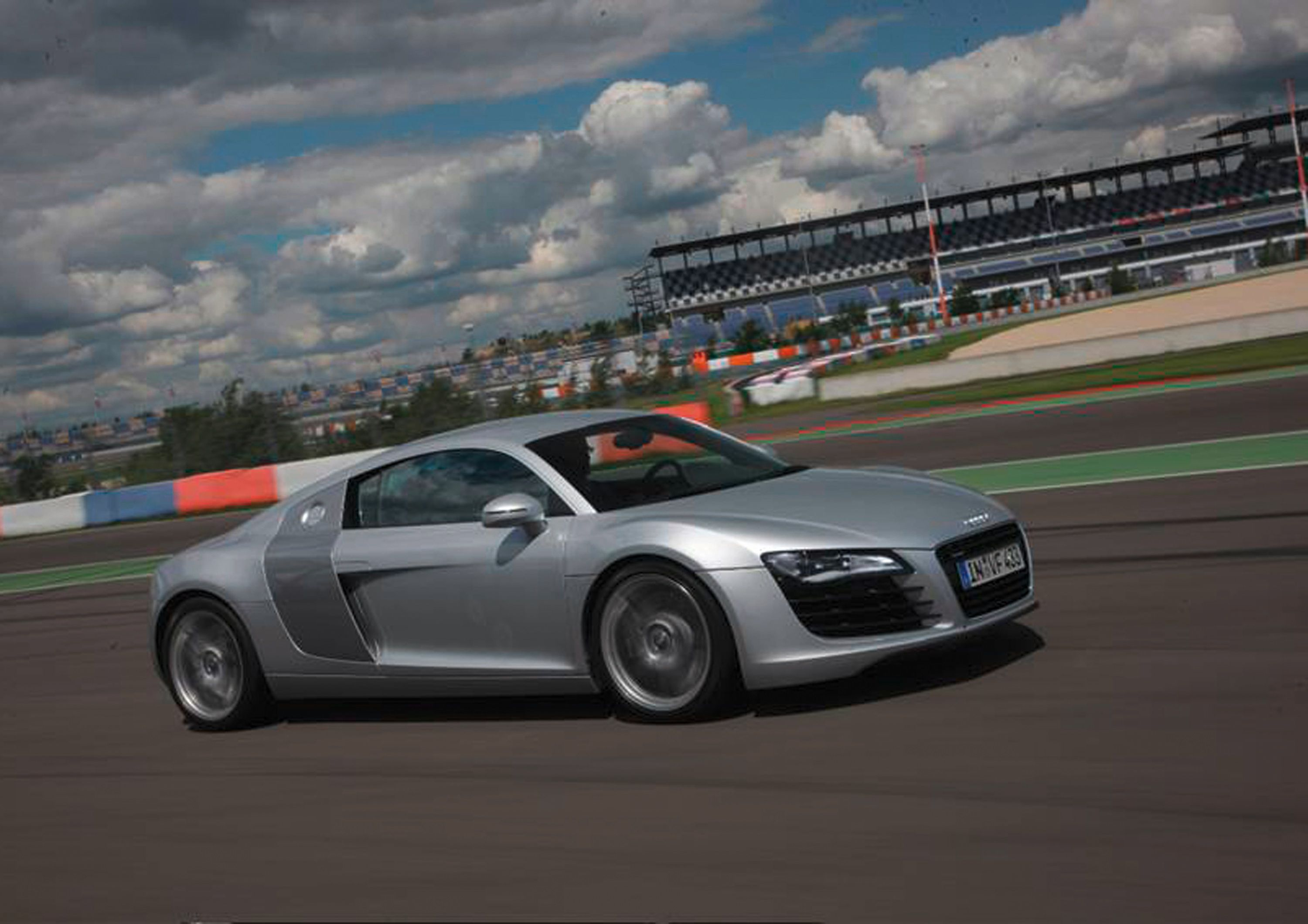 Driving Experience - Audi A8