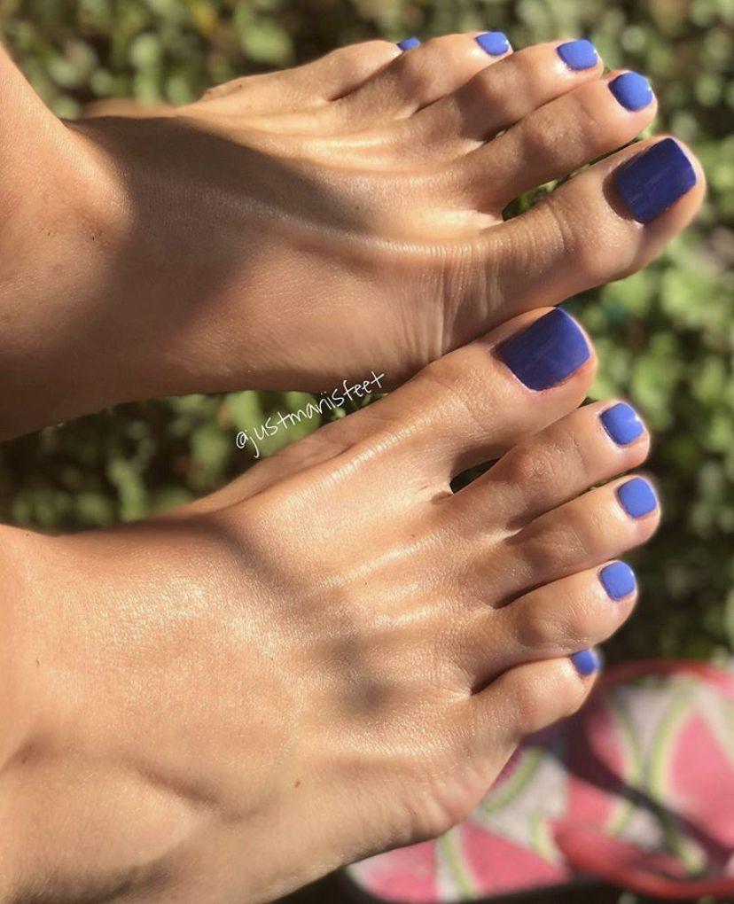 Pin By Chevar Fletcher On Pedi In 2019 Sexy Feet Foot Love