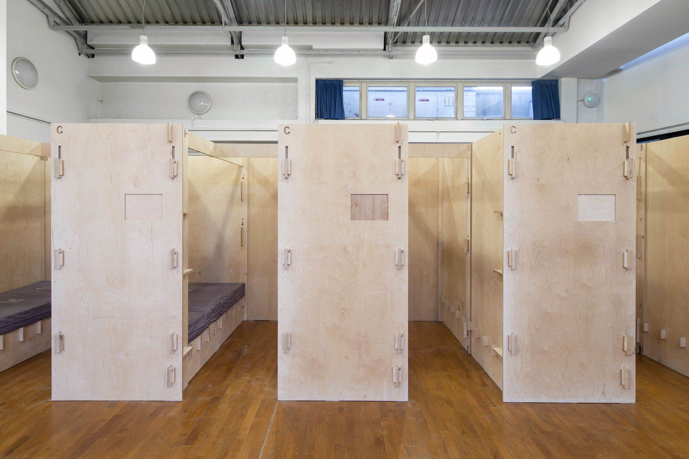 Commonweal Pods To Provide Beds For Homeless People London By Reed Watts Sleeping Pods Homeless Housing Built In Bunks
