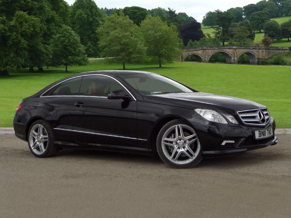 Mercedes Benz E Class Coupe Blueefficiency Sport Black Mitula