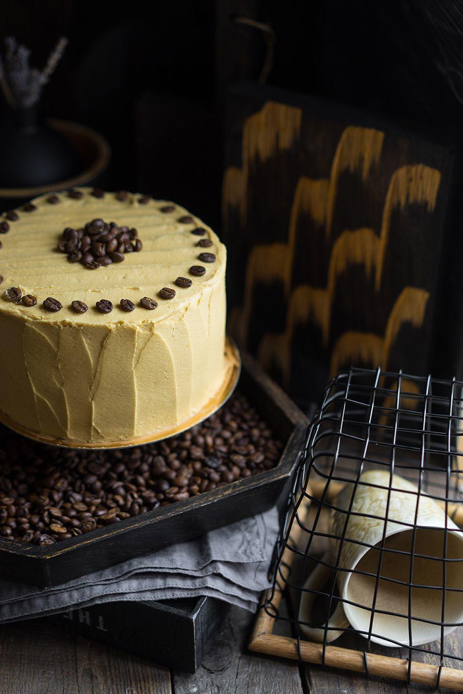 Смотреть Горячий кофейный флан с малиной и ванильным мороженым видео