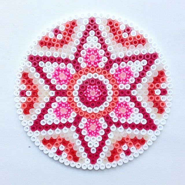Mandalas hama perler Perlen von coriander_dk | pysla | Pinterest ...