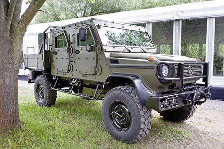 Mercedes Lapv 7 X Concept Is Armored G Class Of The Future Dailymercedes Blog Tactical Truck Shtf Vehicle Mercedes G