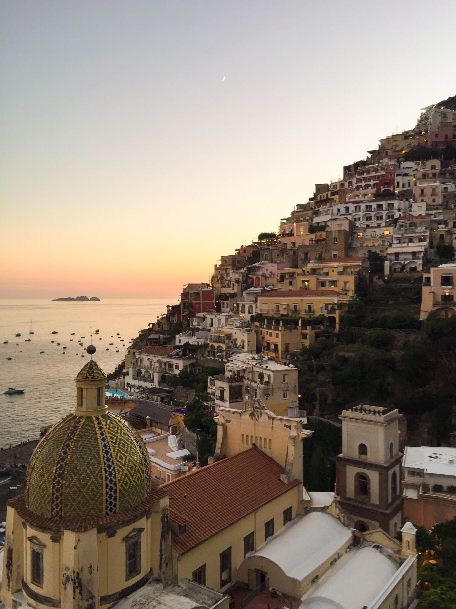 If you're not headed to Italy on your honeymoon, it's a mistake. Let us help you help yourself to the honeymoon of your dreams in the Amalfi Coast.