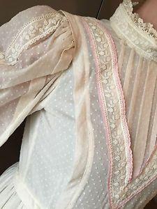 laura ashley wedding dresses vintage victorian style laura ashley cotton lace wedding dress. Black Bedroom Furniture Sets. Home Design Ideas