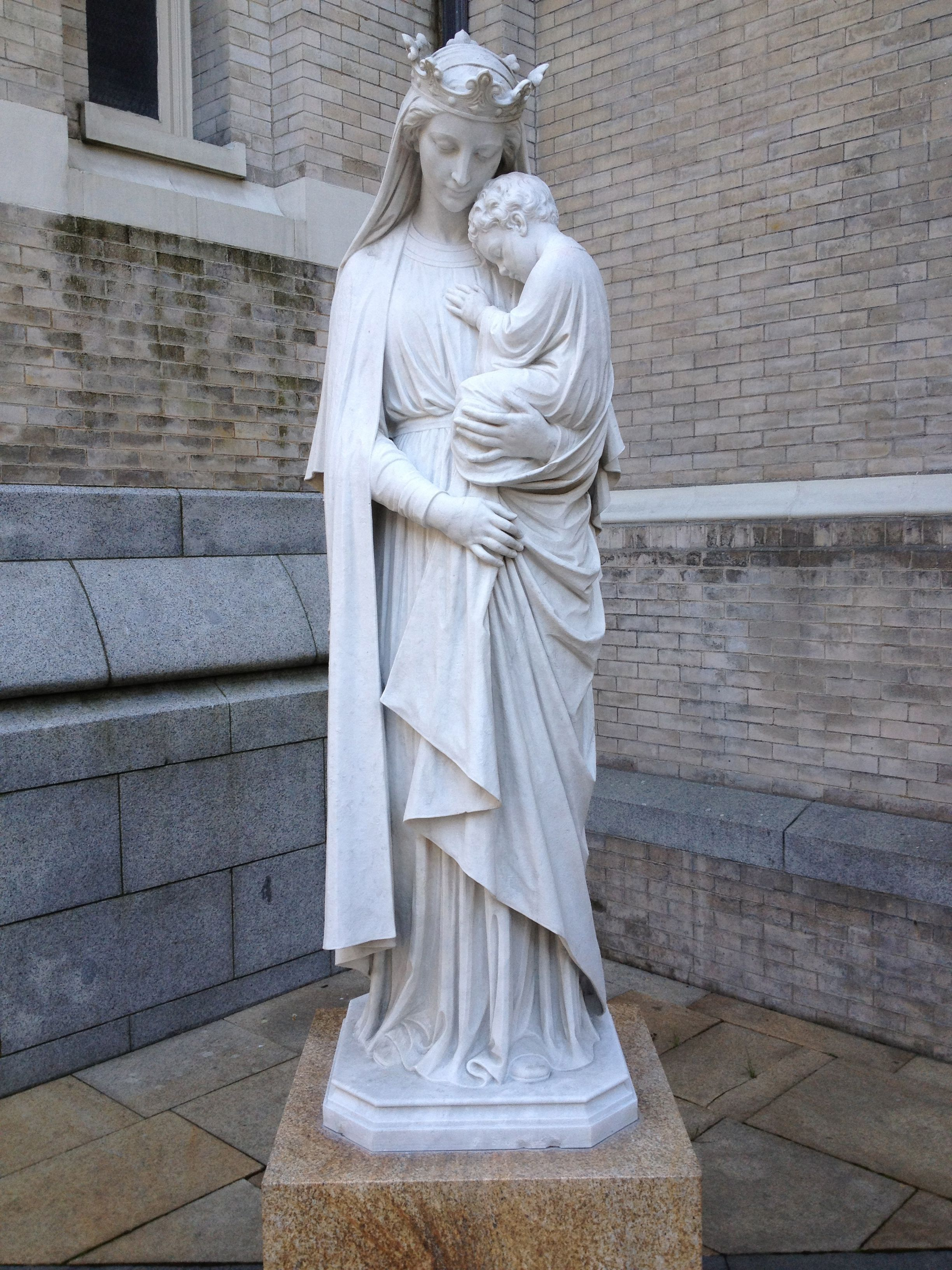 Mary Statue @ St James Cathedral