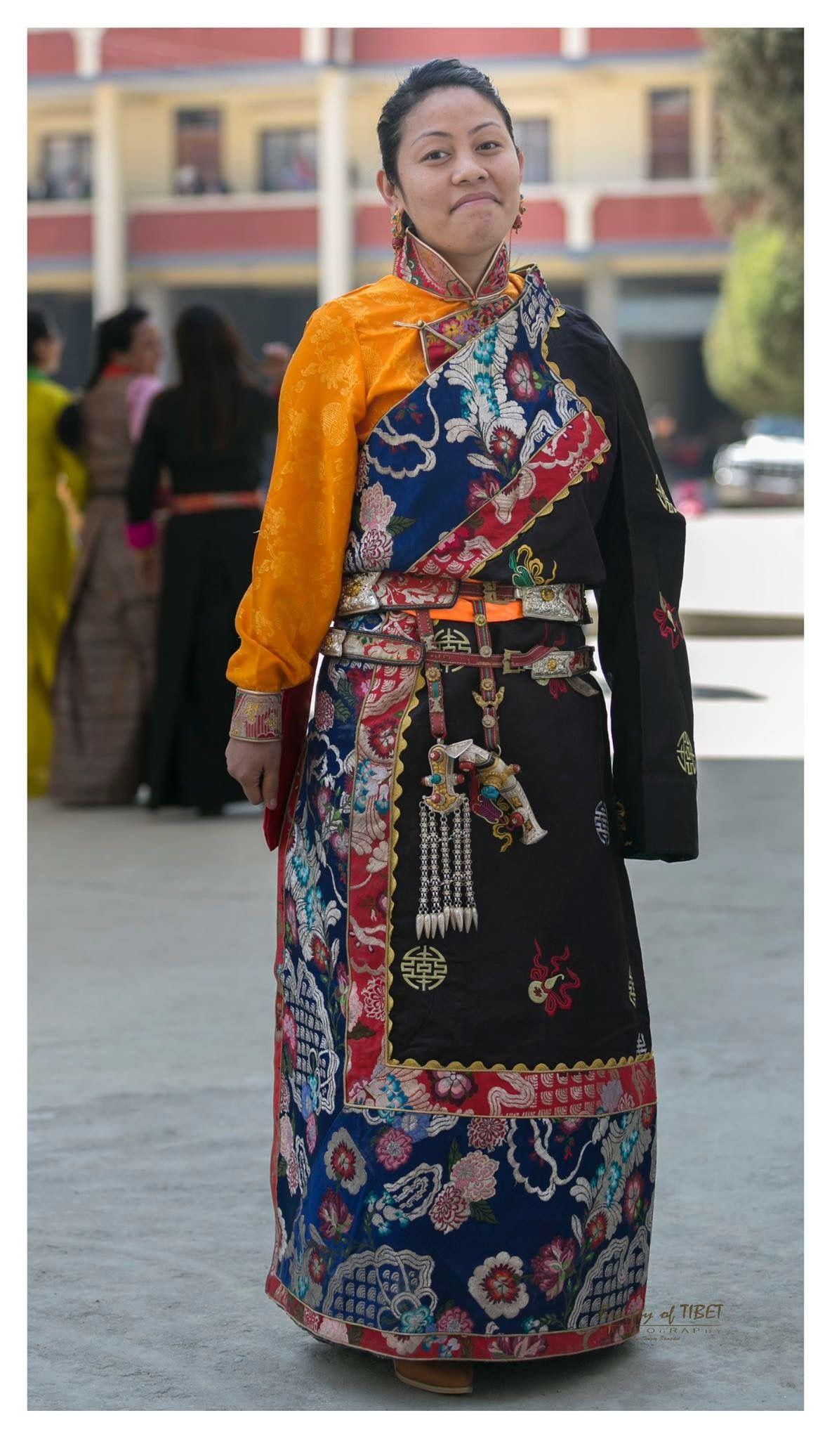 Uzbek dresses: distinctive features 8