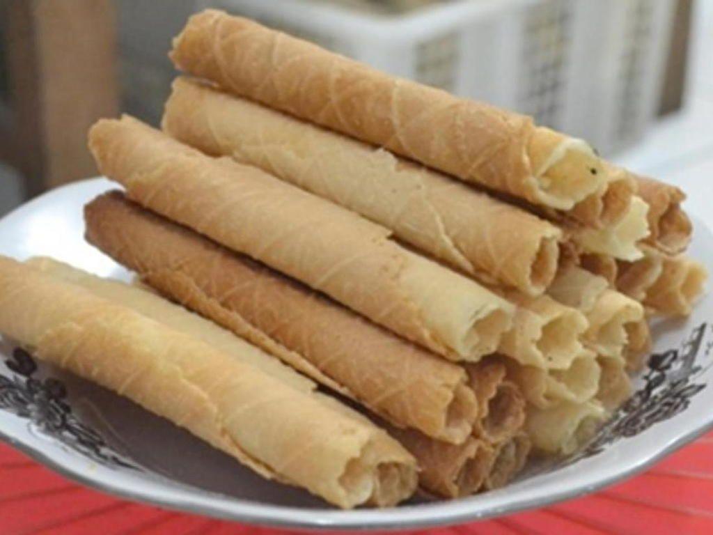 Resep Kue Egg Roll Renyah Gurih Ala Monde Oleh Doyanresep Com Craftlog Resep Telur Gulung Resep Kue Resep Makanan Penutup