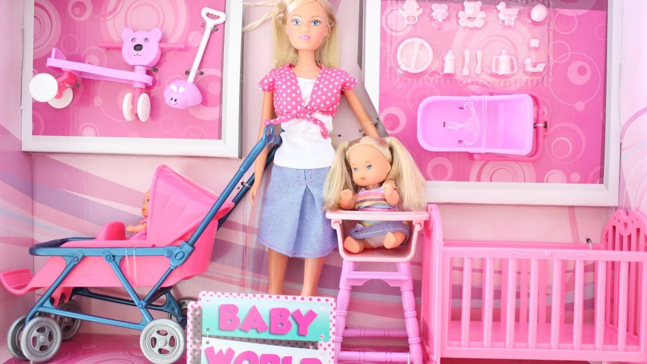 BARBIE IS MUMY OF 2 WITH A DOUBLE STROLLER Tia Tia