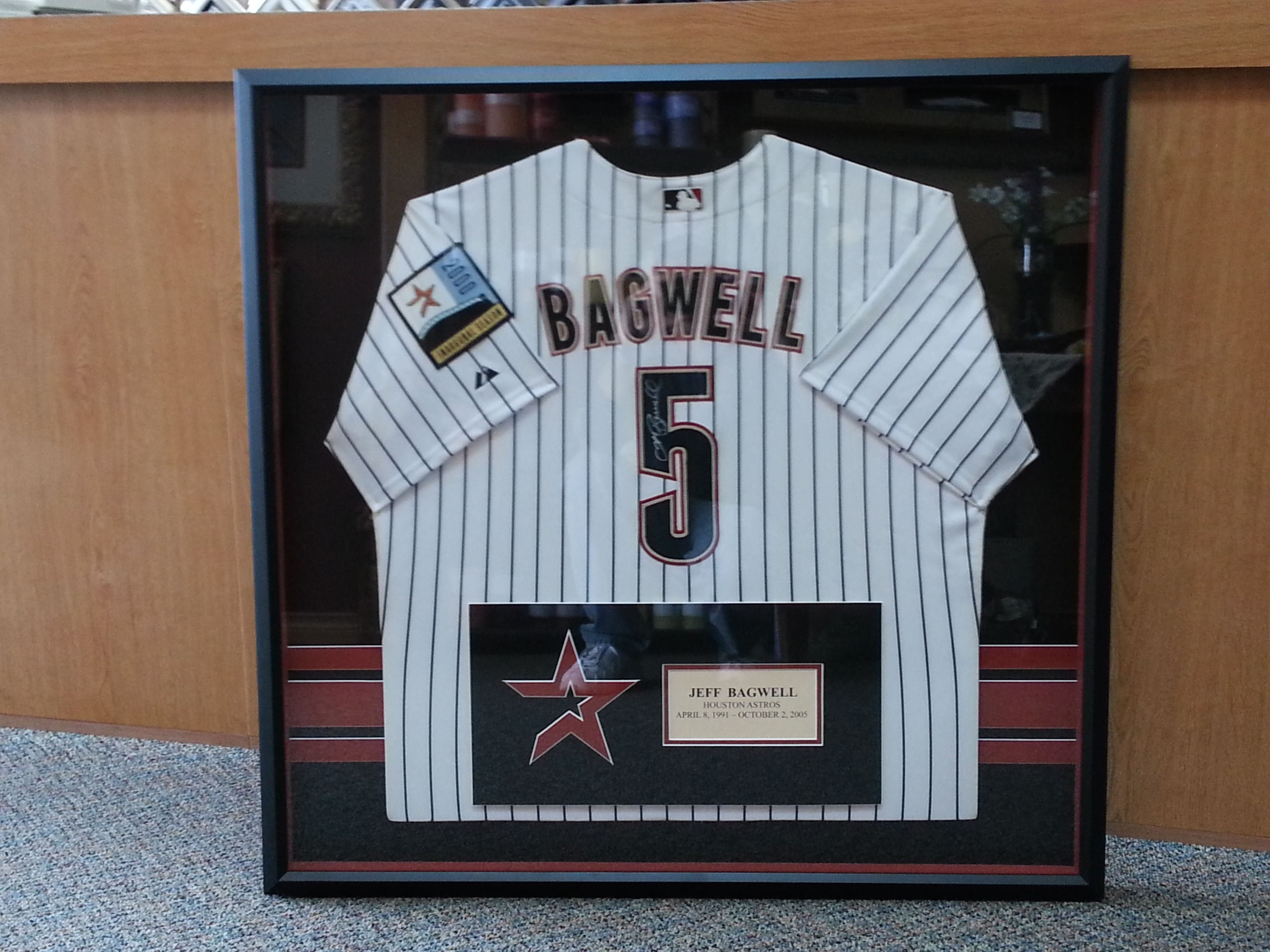 Jeff Bagwell signed jersey. Framed at The Great Frame Up Spring,TX ...