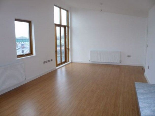 York Road Doncaster Top Floor 2 Bedroom Apartment 600 Pcm Http Www Mosspm Co Uk Property Details South Yorkshire Donc Stone Arch Property For Rent York Uk