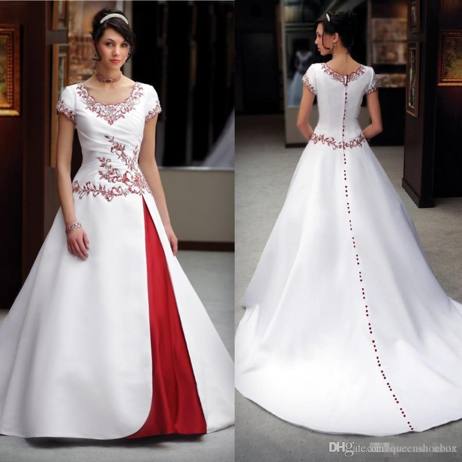 Pin By Sheena Taylor On Wedding Ideas Red Wedding Dresses Short Wedding Dress Wedding Dresses Pinterest [ 5616 x 3744 Pixel ]