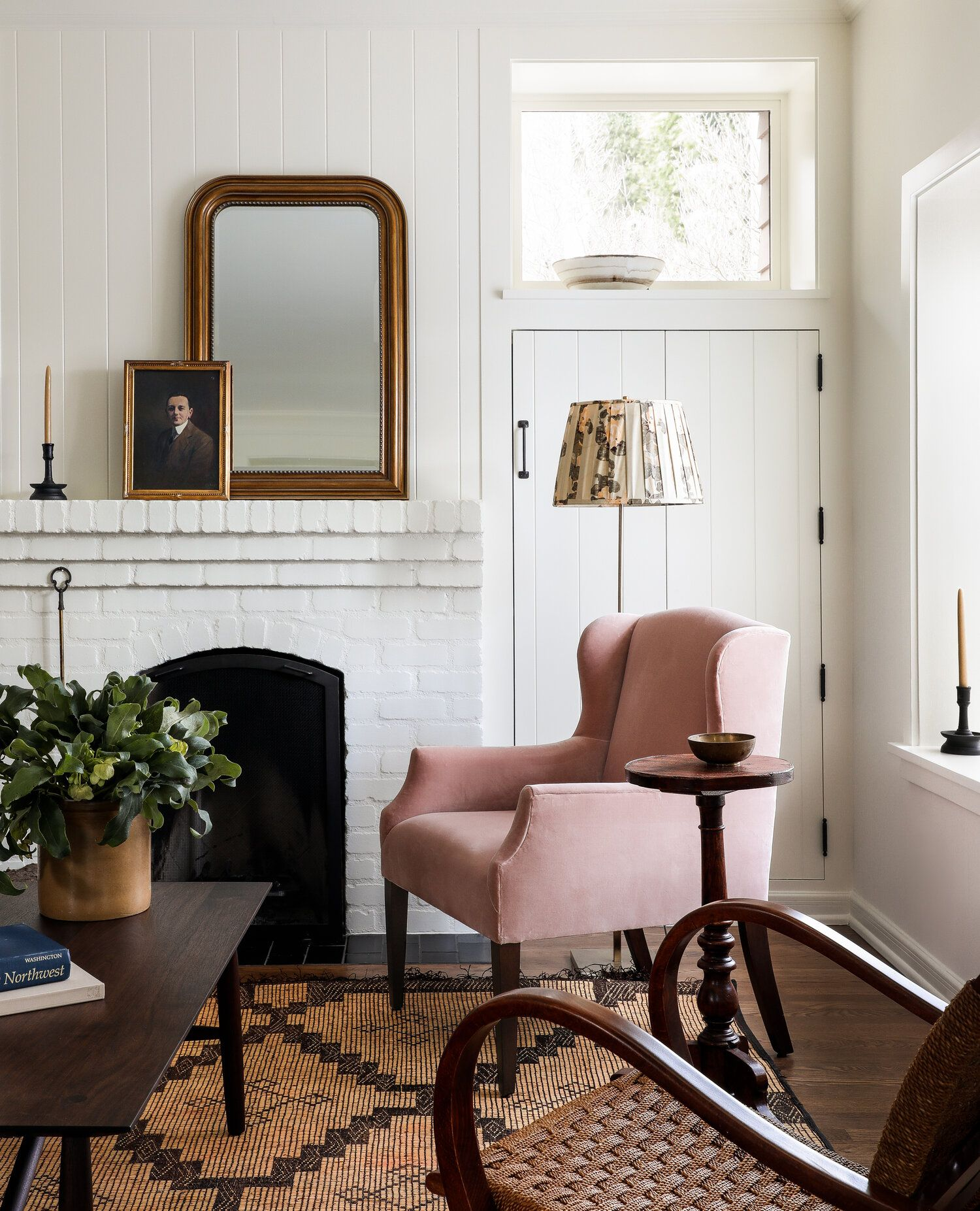 Home Tour // A Charming Seattle Carriage House That Proves Bigger Isn't Always Better — The Grit and Polish