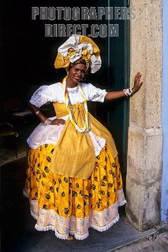 Woman in traditional dress - Salvador da Bahia, Brazil ...