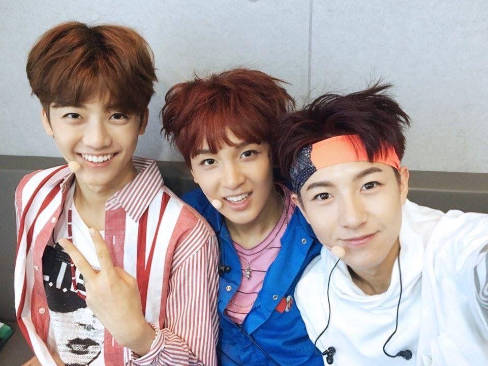 NCT Dream @ Music Core backstage Jaemin, Haechan and Renjun